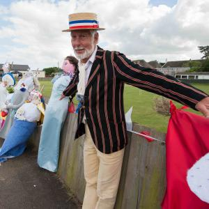 Queens Jubilee. Hilary and scarecrows. Low res JPG 6922